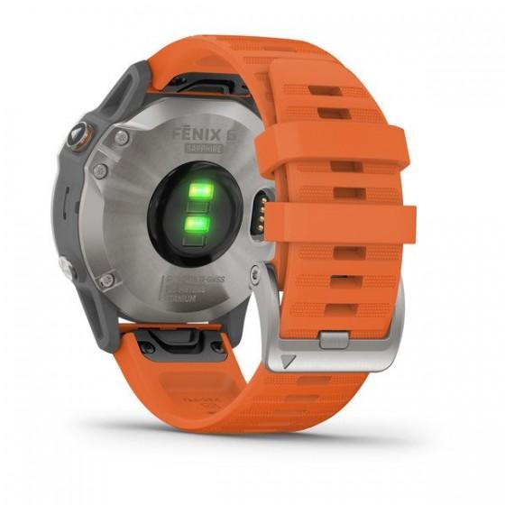 Fenix 6 Pro and Sapphire Titane avec bracelet orange